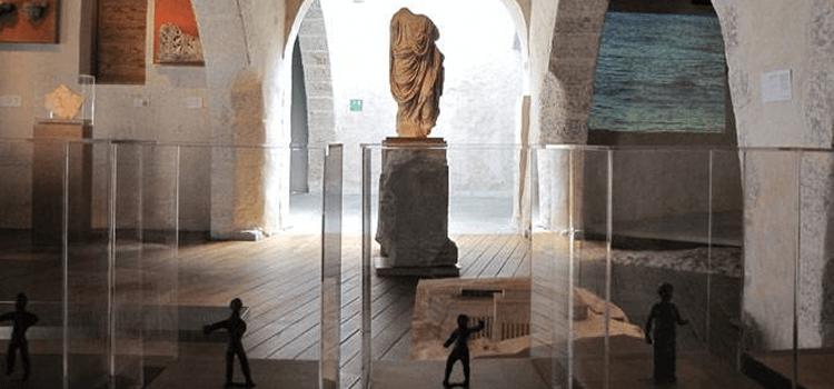 Condensación en el Museo de Sagunto